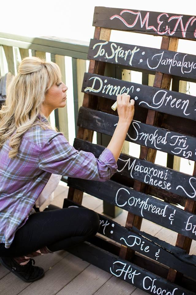 DIY Chalkboard Pallet - REBECCA PARDESS